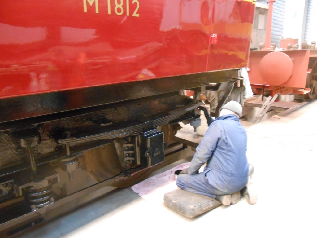 Paul paints the last bogie side on the RMB