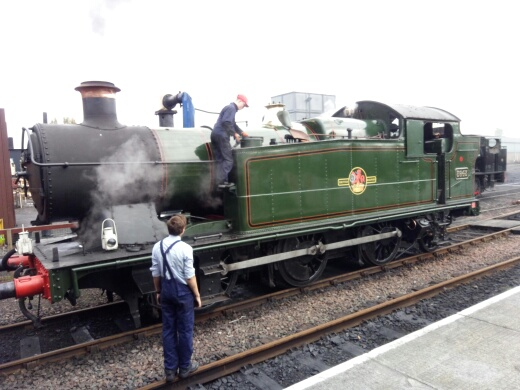 5643 being prepared at Bo'ness on Saturday