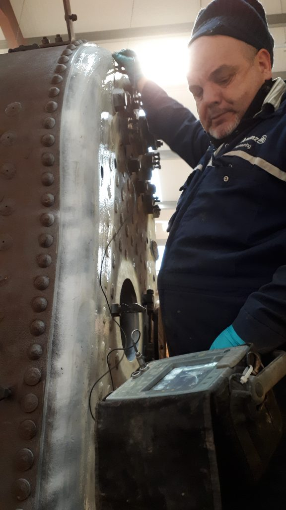 Jim Kennedy undertakes the NDT examination of FR 20's boiler
