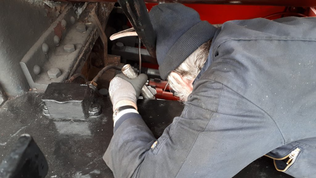 Alan inspects Cumbria's left hand piston gland
