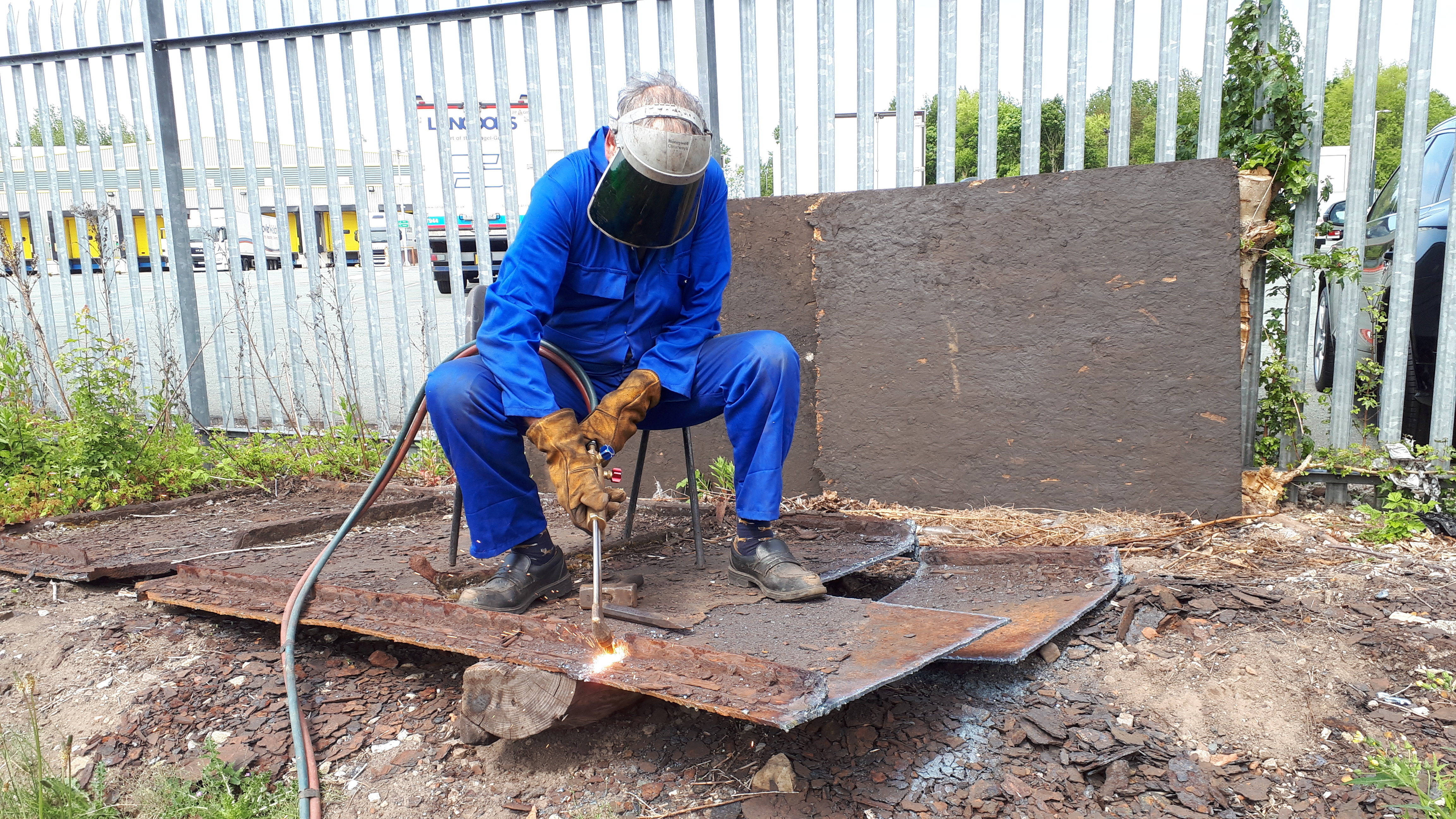 Keith cuts up the remains of Wootton Hall's old tender tank