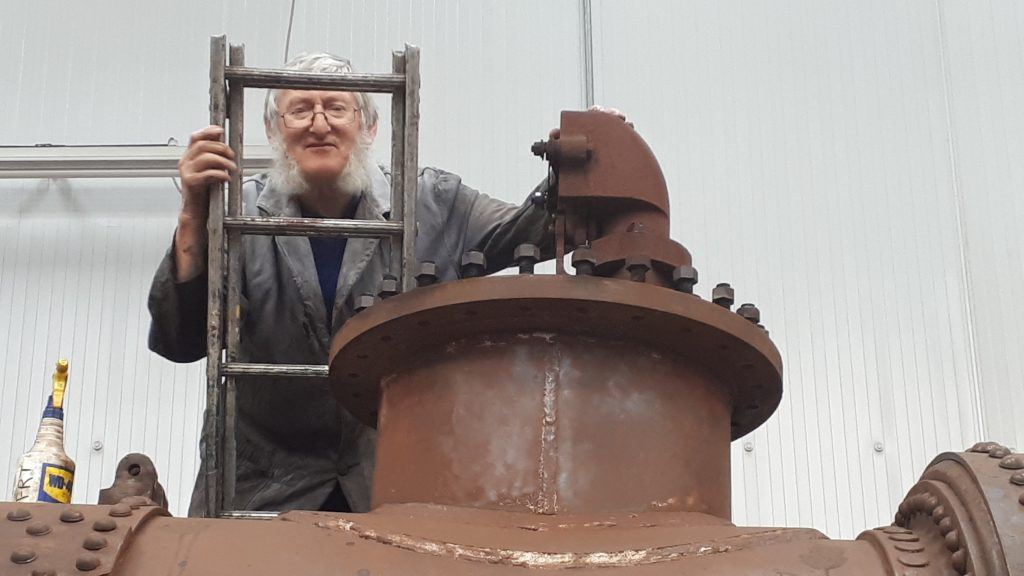 Alan in the frame for inspecting FR 20's 'J' pipe