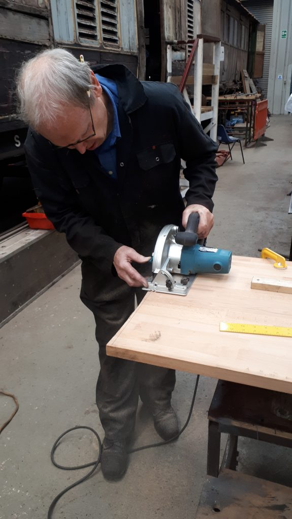 JD making new pipe bending vice bench
