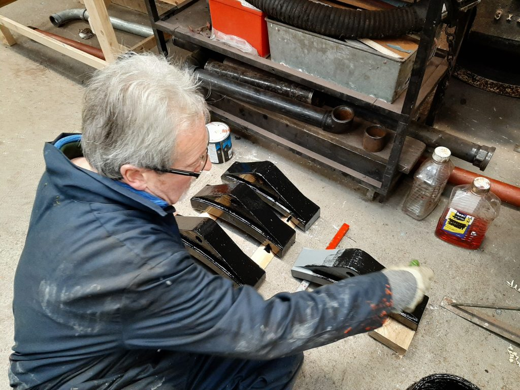 Paul Balshaw painting tender brake blocks