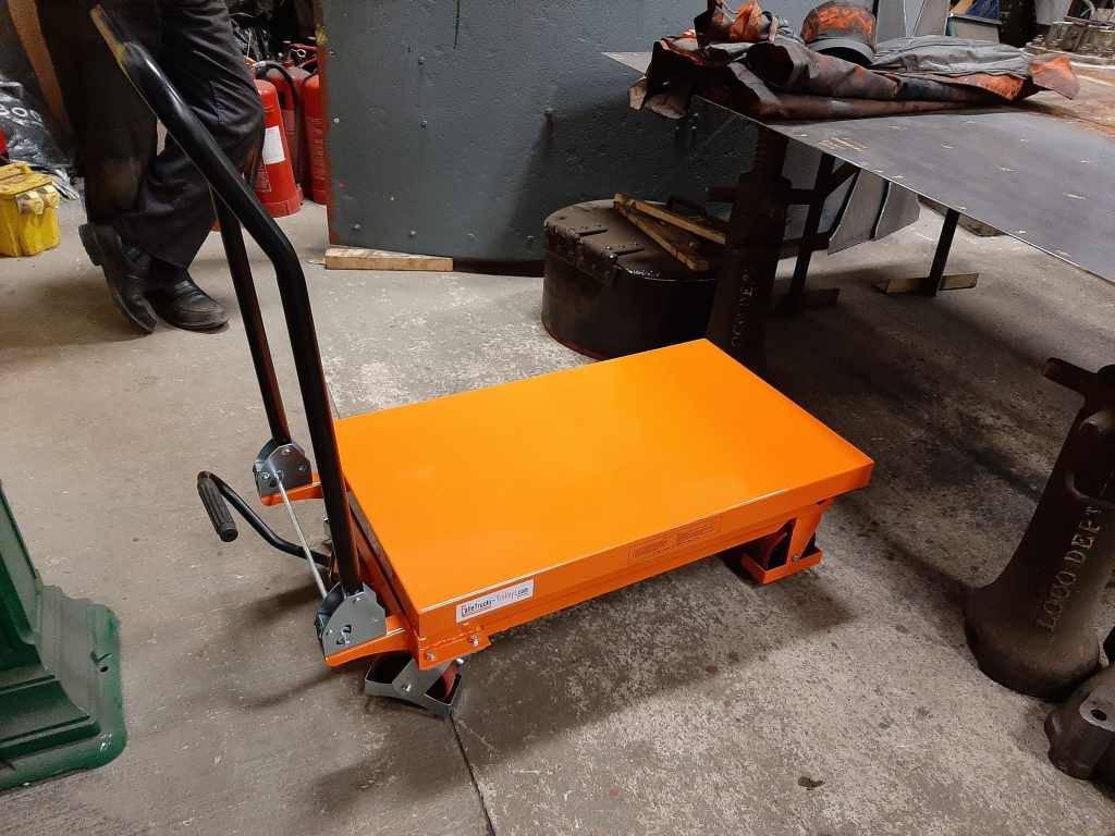 The new hydraulic lifting table