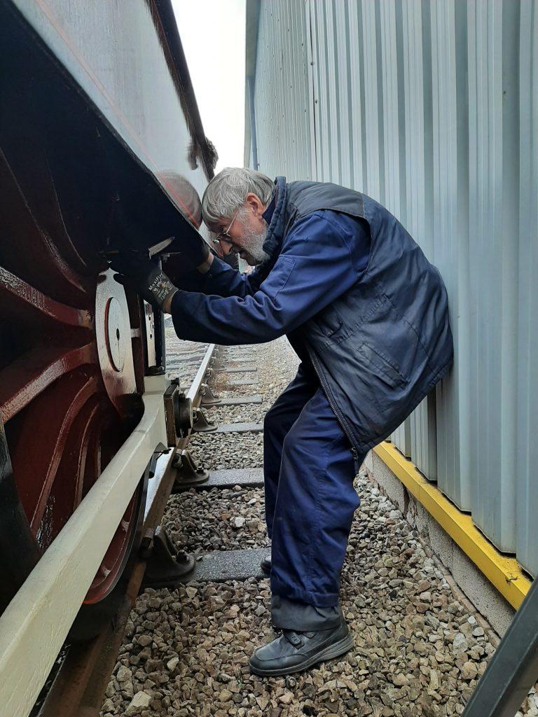 Alan inspecting FR 20