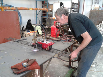 Keith cutting metal